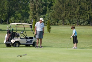 Play a sport with your children - Golf - Silver Tee Golf Centre