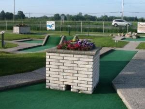 Mini Golf Mini Putt Windsor Essex Ontario