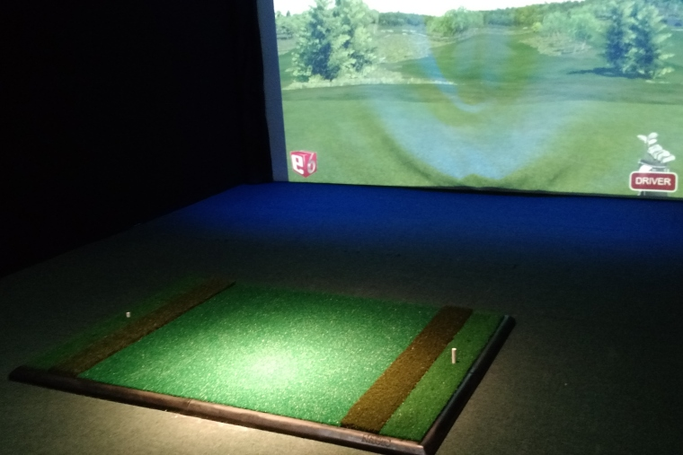 Indoor Golf Silver Tee Windsor Essex Ontario