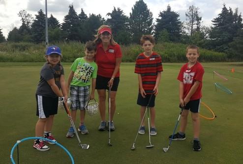 Junior golf Lessons Clinics Windsor Essex on