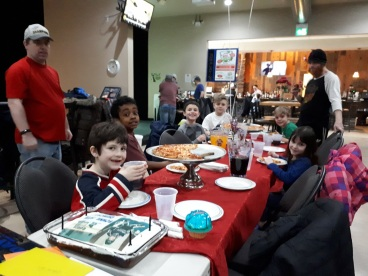 Birthday Party Places for Kinds Windsor Ontario Silver Tee Games and Sports (1)