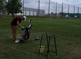Driving range Windsor Essex Pro Qualifier Practice Silver Tee (3)